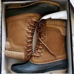 NWB Hunter-07 Cognac Rain/Snow Duck Boots